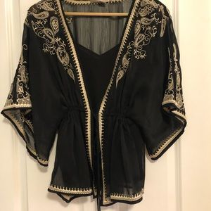 Beautiful kimono style shirt with tank